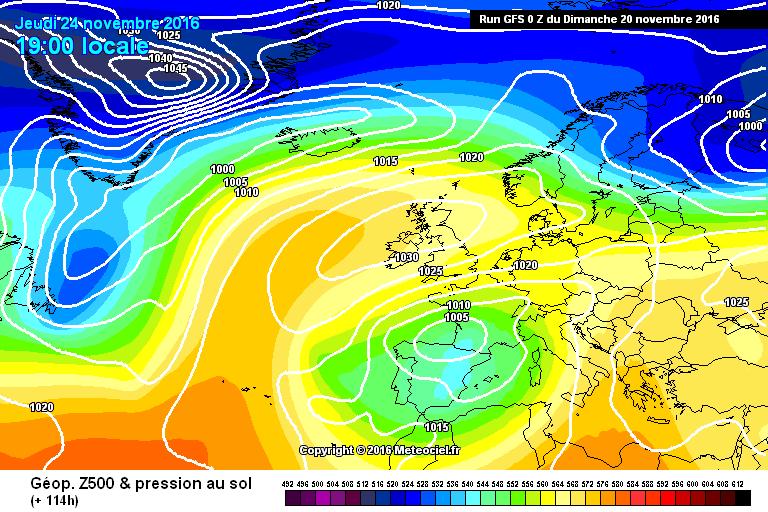 Domenica: peggiora al Nord Ovest. Possibilità nubifragi al Sud e Sicilia
